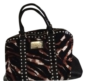 Betsey Johnson Tote in Animal print