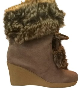 American Eagle Outfitters Mushroom Boots