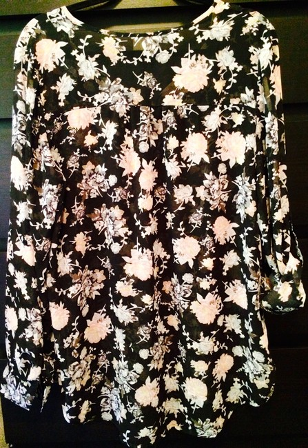 Mossimo Supply Co. Floral Wear To Work Boho Sheer Tunic