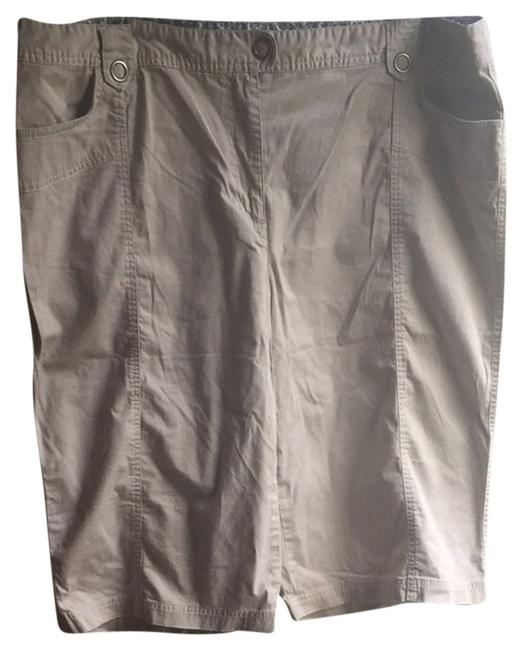 Preload https://item4.tradesy.com/images/style-and-co-capris-size-22-plus-2x-3250183-0-0.jpg?width=400&height=650