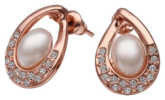 Preload https://item5.tradesy.com/images/australian-crystals-pearl-drop-with-18k-rose-gold-earrings-3250849-0-0.jpg?width=440&height=440