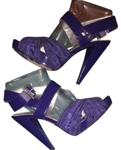 Report Signature Indigo Sandals