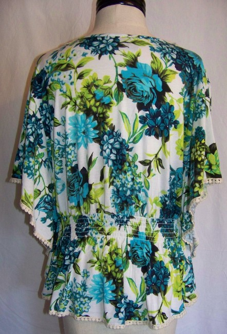 New Directions Top White with Blue & Green Floral Print