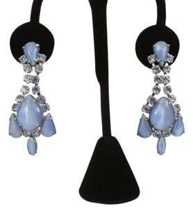 Vintage Blue Crystal Moonglow Estate Earrings Vintage Blue Crystal Moonglow Estate Earrings