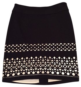 The Limited White Pattern Skirt Black