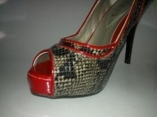 Guess Black with red piping Platforms