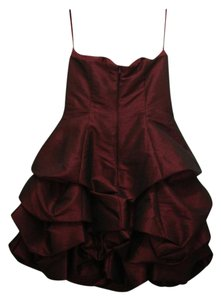 Wine Formal Bridesmaid/Mob Dress Size 8 (M)