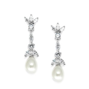 Mariell Freshwater Pearl & Cubic Zirconia Tulip Wedding Earrings 3638e