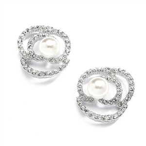 Mariell Designer Wedding Earrings With Cubic Zirconia And Pearl Flowers 4055e