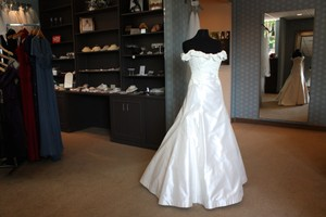 Birnbaum And Bullock 951 Wedding Dress