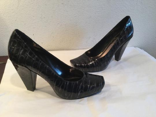 Vince Camuto Black with gray Pumps