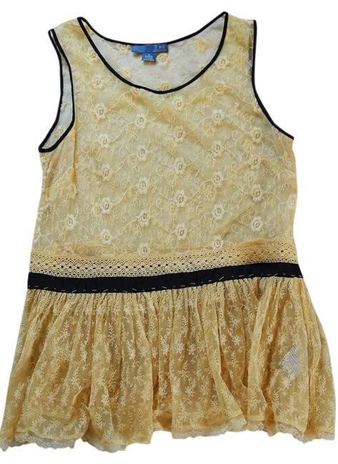 Preload https://item5.tradesy.com/images/anthropologie-lace-sleeveless-tank-top-ivory-3267319-0-0.jpg?width=400&height=650