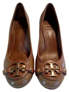 Tory Burch Sand Pumps