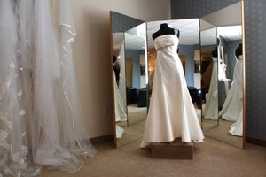 Romona Keveza Ramona Keveza L 215 Wedding Dress