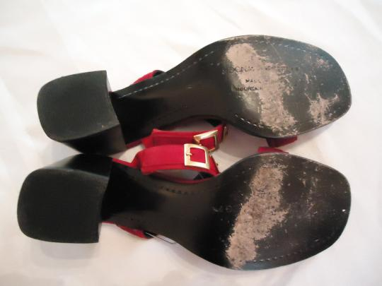 Donald J. Pliner J. Heels Suede red Sandals