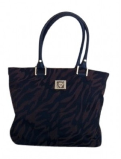 Preload https://img-static.tradesy.com/item/32754/ak-anne-klein-fabric-brownblack-cloth-with-leather-bottom-handles-and-outlines-tote-0-0-540-540.jpg