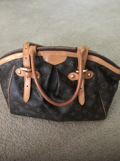 Preload https://img-static.tradesy.com/item/3277102/louis-vuitton-tivoli-gm-brown-and-tan-monogram-leather-shoulder-bag-0-3-540-540.jpg