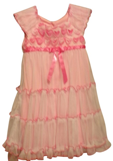 Preload https://item3.tradesy.com/images/jona-michelle-girls-pink-white-5t-mid-length-short-casual-dress-size-os-one-size-3277897-0-0.jpg?width=400&height=650
