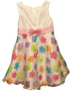 Cinderellas closet short dress White/ Rainbow flowers Girls ( 4T ) on Tradesy