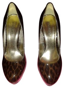 ShoeDazzle leopard Pumps