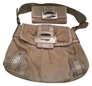 Guess Satchel in Cream