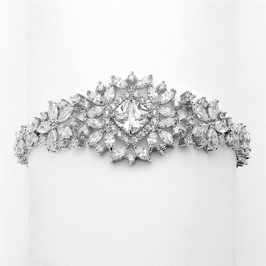 Preload https://item4.tradesy.com/images/silverrhodium-stunning-cushion-cut-center-crystal-couture-bracelet-3281938-0-0.jpg?width=440&height=440