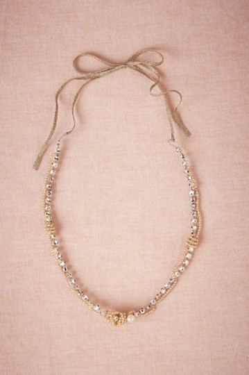 Pearl/Crystal/Nude Glittering Gambol Necklace Image 0