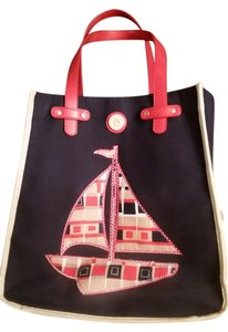 Tote in red, blue, tan