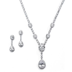 Silver/Rhodium Glamorous Luxe Crystal Necklace Earrings Jewelry Set