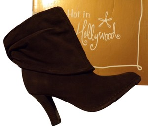 NEW ! Hot in Hollywood Chocolate Suede Convertible Boots
