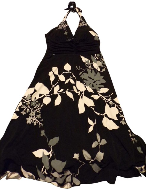 Preload https://img-static.tradesy.com/item/3286711/speechless-black-with-grey-and-white-floral-halter-summer-line-short-casual-dress-size-4-s-0-1-650-650.jpg