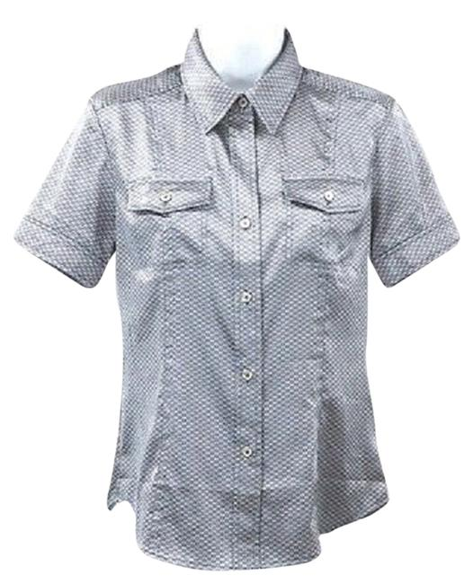 Preload https://item1.tradesy.com/images/bugatchi-printed-buttoned-short-sleeved-blouse-xs-button-down-top-size-2-xs-3287125-0-0.jpg?width=400&height=650