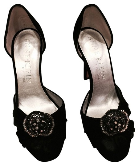Anne Klein Black Velvet Pumps