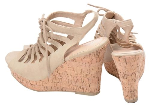 SANDLER GLORIA Wedge Lace Up Taupe Pumps