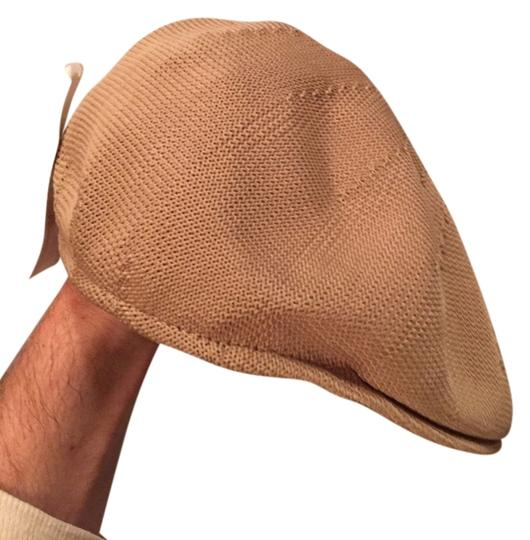 Preload https://img-static.tradesy.com/item/3287617/stetson-beige-805-knit-cotton-sample-size-m-retail-hat-0-0-540-540.jpg