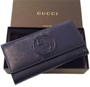 Gucci 100% Authentic Gucci Patent Leather Wallet