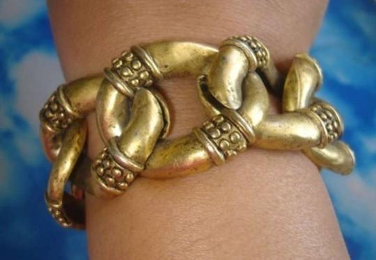 Unknown 90's Brass Bracelet in Aged Gold