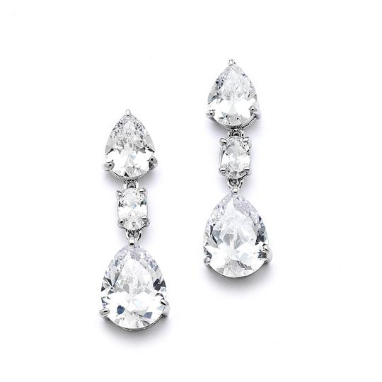 Preload https://item2.tradesy.com/images/mariell-silver-shimmering-double-pear-cz-or-bridesmaids-4200e-earrings-3291256-0-0.jpg?width=440&height=440