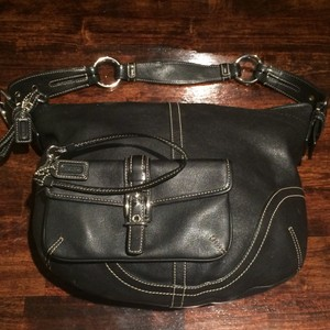 Coach with matching wristlet Black Leather Women Shoulder Bag