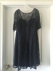 David's Bridal Marine (Blue) Lace/Polyester Short Illusion Neck and Sleeves - New W/Tags Feminine Bridesmaid/Mob Dress Size 18 (XL, Plus 0x)