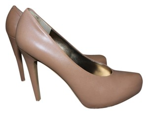 Nine West Camel Pumps