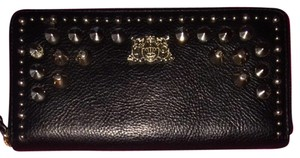 Juicy Couture Juicy Couture Black Spike Zip Wallet