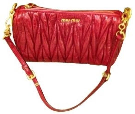 Preload https://img-static.tradesy.com/item/331/miu-miu-red-shoulder-bag-0-0-540-540.jpg