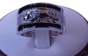 Vintage 14k white gold panther enameled diamond ring