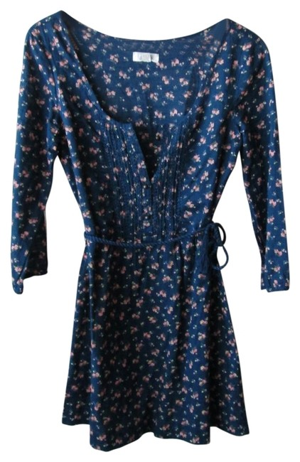 Preload https://item2.tradesy.com/images/aerie-floral-mini-short-casual-dress-size-0-xs-33111-0-0.jpg?width=400&height=650