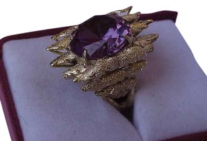 14k yellow gold ring with huge Alexandrite