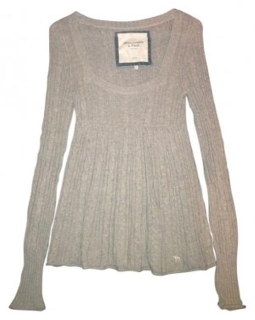 Preload https://img-static.tradesy.com/item/33146/abercrombie-and-fitch-light-brown-cozy-warm-sweaterpullover-size-8-m-0-0-650-650.jpg
