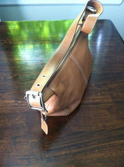 Coach Women Leather Tan Clutch