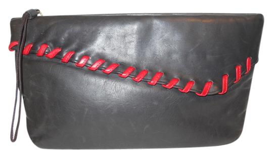 Preload https://item4.tradesy.com/images/vintage-black-and-red-leather-clutch-3321793-0-0.jpg?width=440&height=440