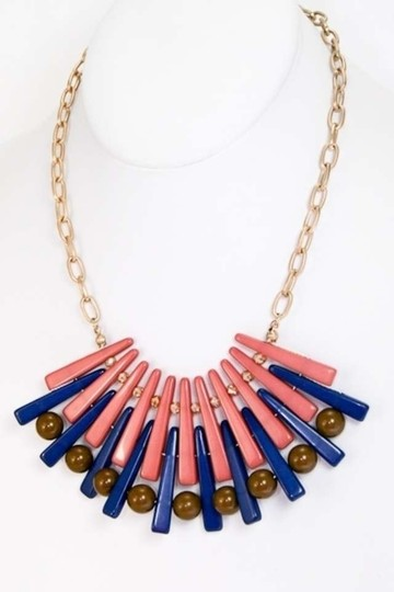 Preload https://img-static.tradesy.com/item/332218/multicolor-costume-graphic-fan-shaped-color-necklace-0-0-540-540.jpg